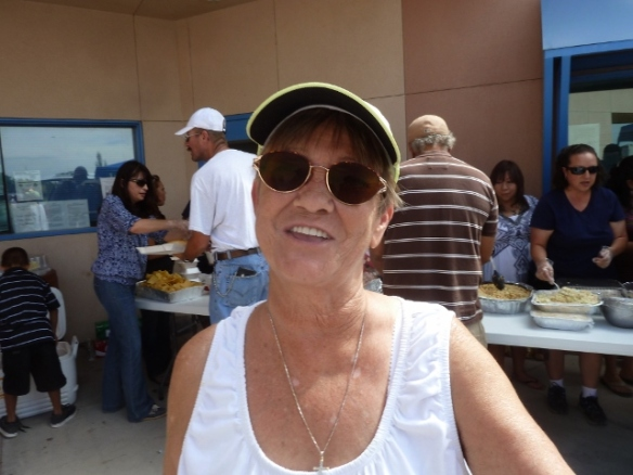 Liz Lindblade / Landmark Church - Servin' It Up!